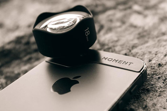 أدوات تحول هاتفكم الذكي إلى كاميرا احترافية - Moment Lense