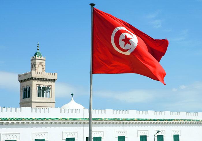 تونس تعلن حالة الطوارئ .. هل انتهى زمن الربيع في تونس
