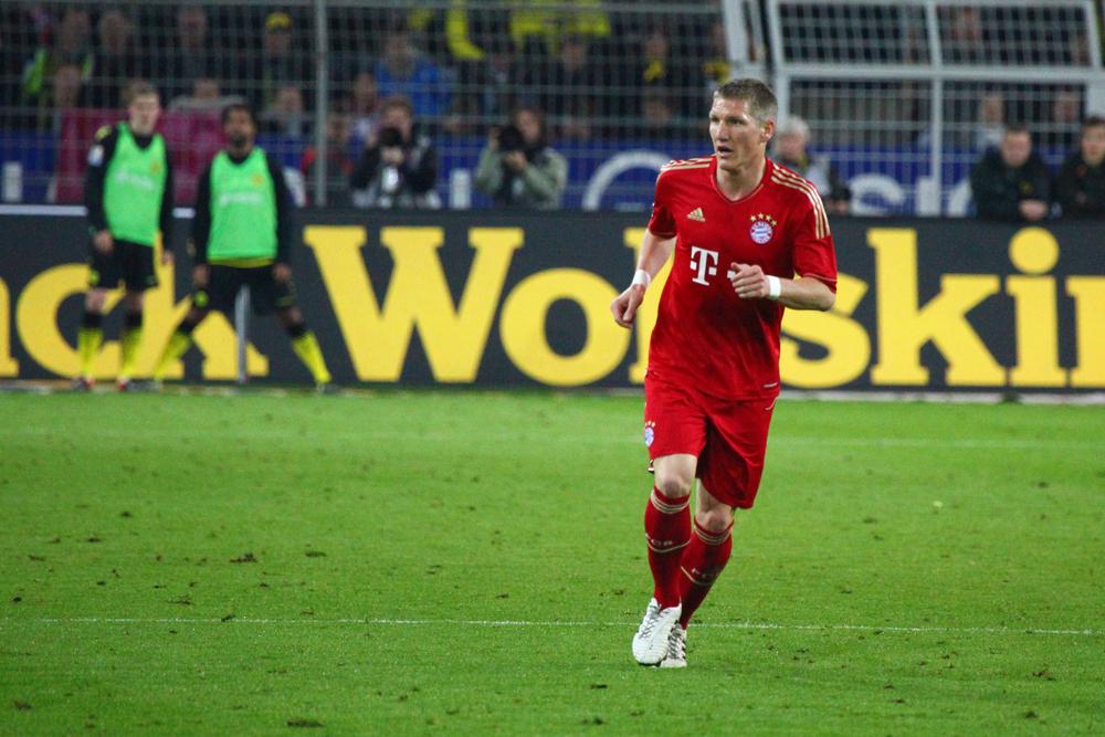 أغلى نجوم الثلاثين في الكرة الأوروبية - شفاينشتايغر