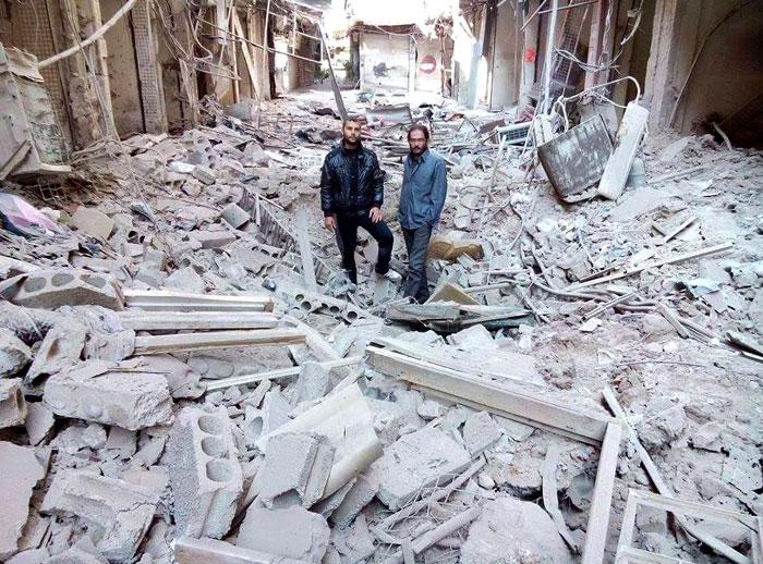 منازل-محطمة-نتيجة-القصف-السوري-على-المخيم-(2)