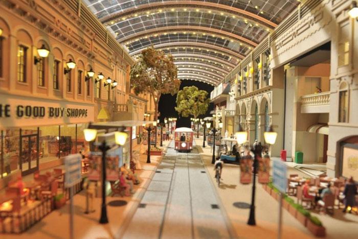 مشاريع اقتصادية ضخمة قيد الإنجاز في العالم العربي - مول العالم في دبي