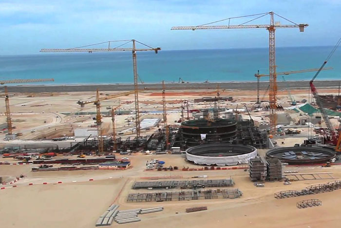 مشاريع اقتصادية ضخمة قيد الإنجاز في العالم العربي - محطة براكة للطاقة النووية
