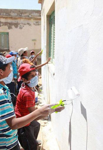 قصة من سيناء - حديقة الأمل - دهن الحائط