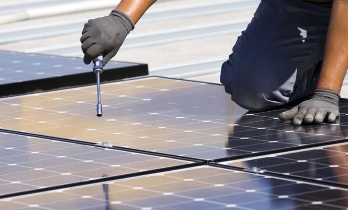 مشاريع اقتصادية ضخمة قيد الإنجاز في العالم العربي - مجمع الطاقة الشمسية في المغرب