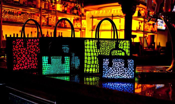 الموضة والتكنولوجيا - حقيبة