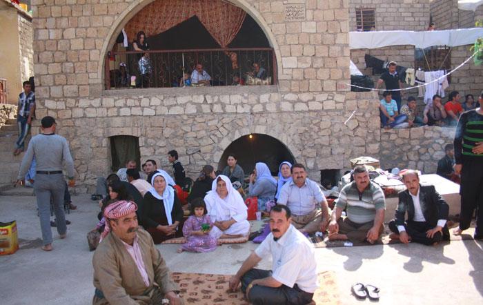 إيزيديو العراق يبيعون أملاكهم - صورة 2