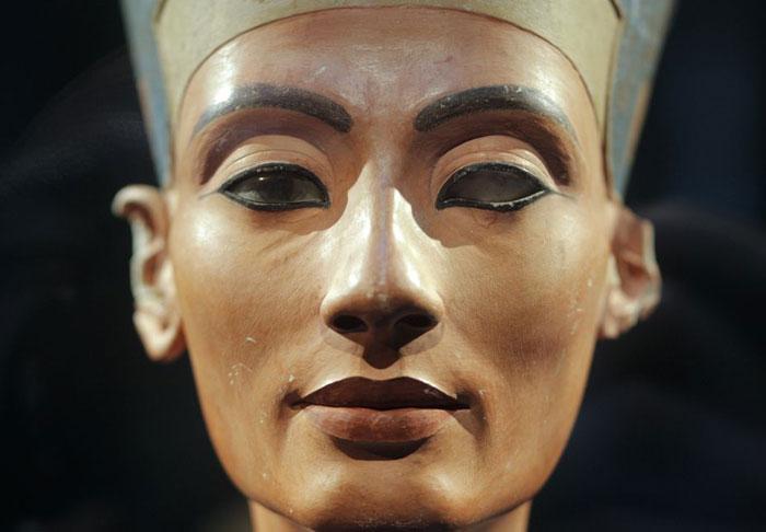 أحمر الشفاه - النهضة المصرية