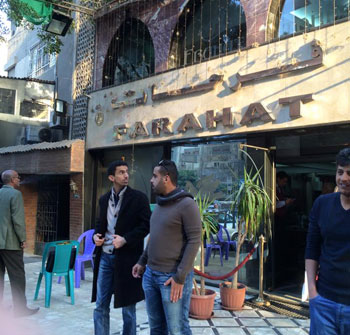 افضل مطاعم القاهرة - مطاعم شعبية في القاهرة ينصحنا بها عمرو حلمي - Farhat
