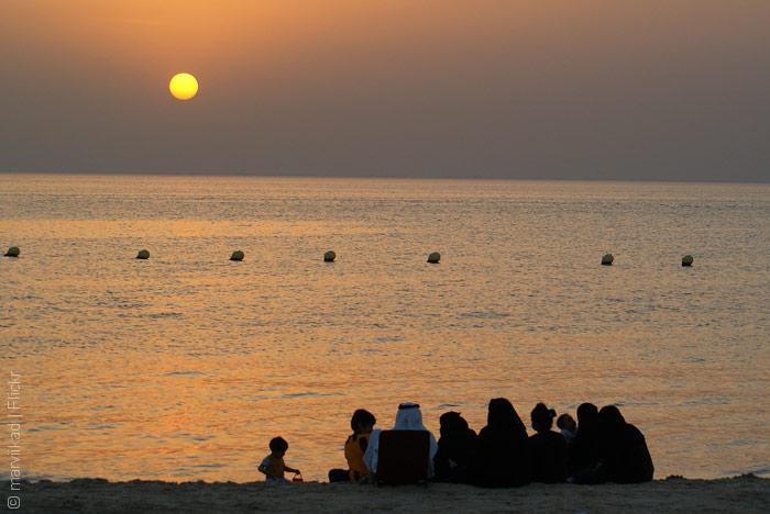 السياحة في السعودية - شاطئ نصف القمر