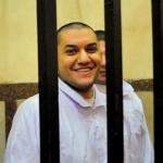 الشاعر والروائي المصري عمر حاذق يقهر السجن بالكتابة