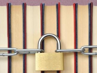 قصة هزليّة عن الرقابة والنشر في مصر: الدين، والجنس... والجيش!