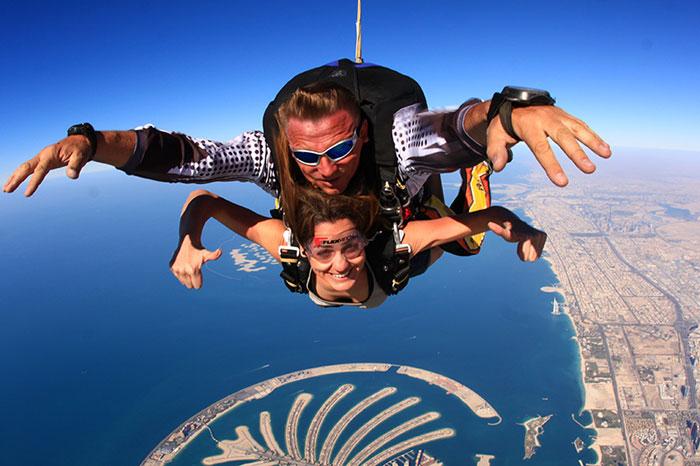 رياضات مثيرة في العالم العربي - القفز المظلي