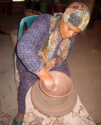 قرية تونس المصرية - فنانة-راوية