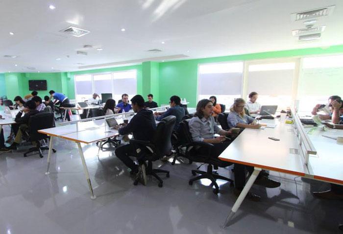 أبرز مساحات العمل المشتركة في دبي - The-Cribb