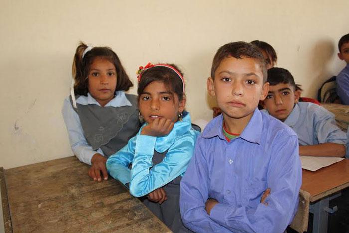 الغجر في كردستان .. غجر كردستان يتخلون عن حياة الترحال - أطفال-غجر-في-المدرسة