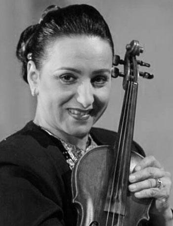 أبرز الفاعلين في المشهد الثقافي التونسي - أمينة-الصرارفي