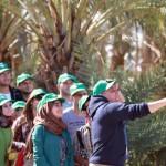 شباب يشجّعون على زيارة منطقة الأغوار لكي لا يخسرها الفلسطينيون