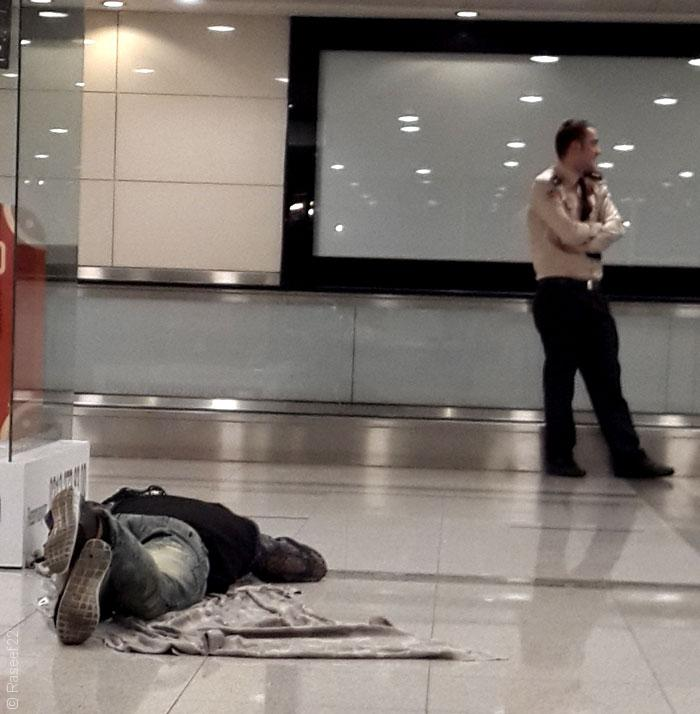 قصص المعتقلين في سجن مطار إسطنبول الدولي - صورة 2
