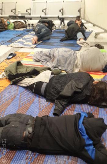 قصص المعتقلين في سجن مطار إسطنبول الدولي - صورة 3