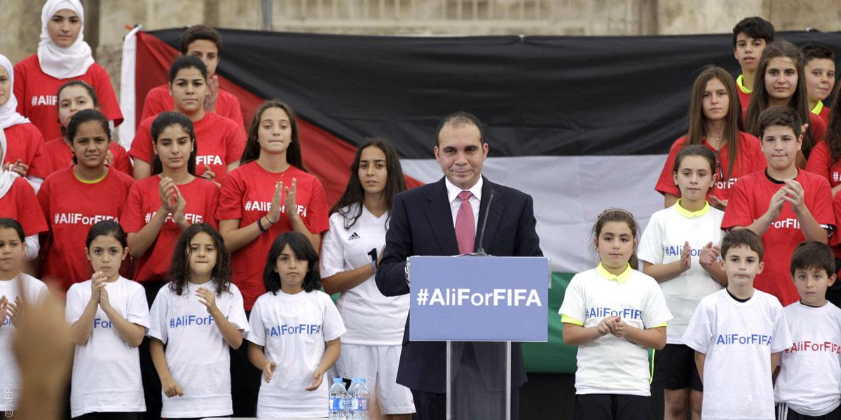 العرب يعاودون الكرّة بمرشحين، من سيفوز برئاسة الفيفا؟