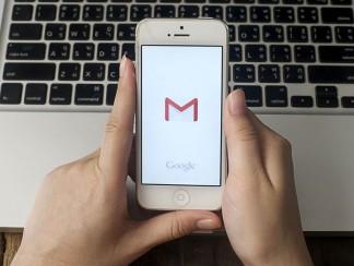 تطبيق جديد من غوغل يتولى الردّ على رسائلكم