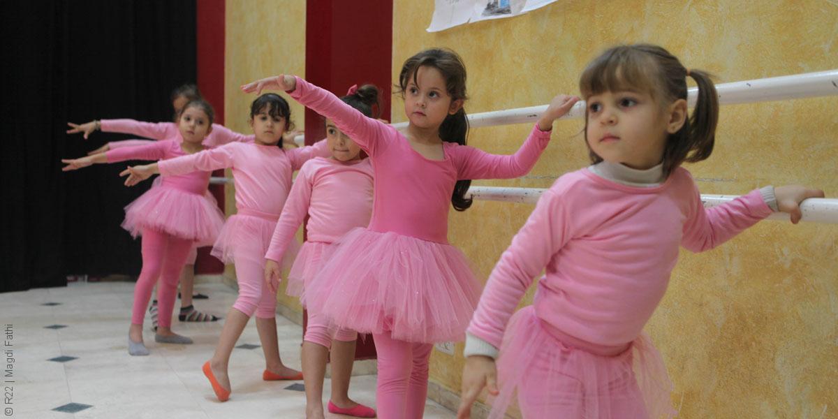 لماذا يتعلم أطفال غزة الباليه؟