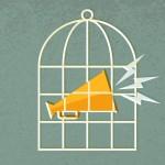 كيف يقضي سجناء الرأي أوقاتهم في السجون؟