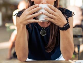 كيف تساعد قطعة مجوهرات صغيرة في مواجهة التحرش