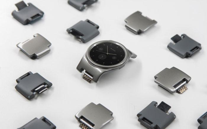 هدايا تكنولوجية يمكنكم شراؤها لأحبائكم هذا العيد - Blocks-Smartwatch