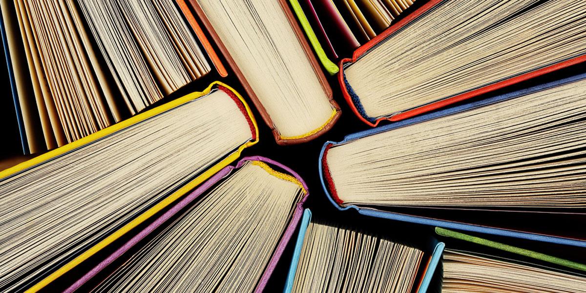 روايات مترجمة لا تفوّتوا قراءتها هذا العام
