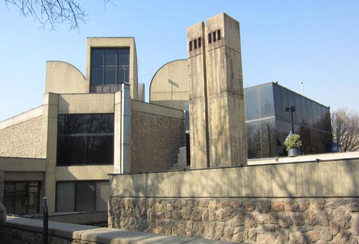 متحف طهران للفنون المعاصرة - البناء