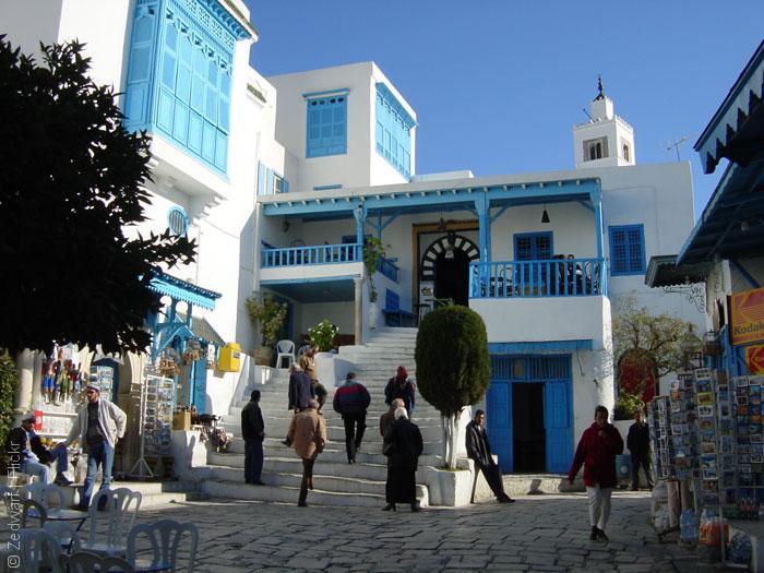 مقاهي تونس - القهوة العالية