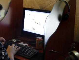 داعش يطارد الإنترنت في دير الزور