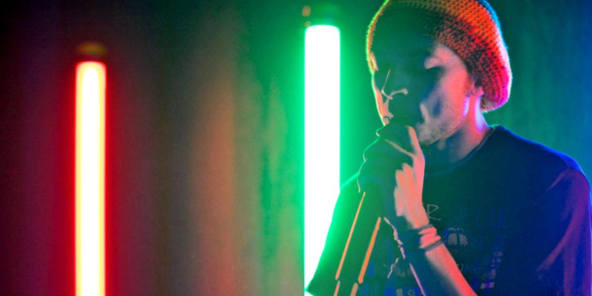 رحلة موسيقى المهرجانات من حارات القاهرة إلى الأراضي الفرنسية