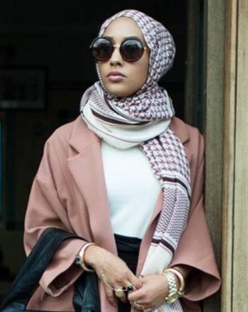 الموضة والحجاب - ماريا إدريسي