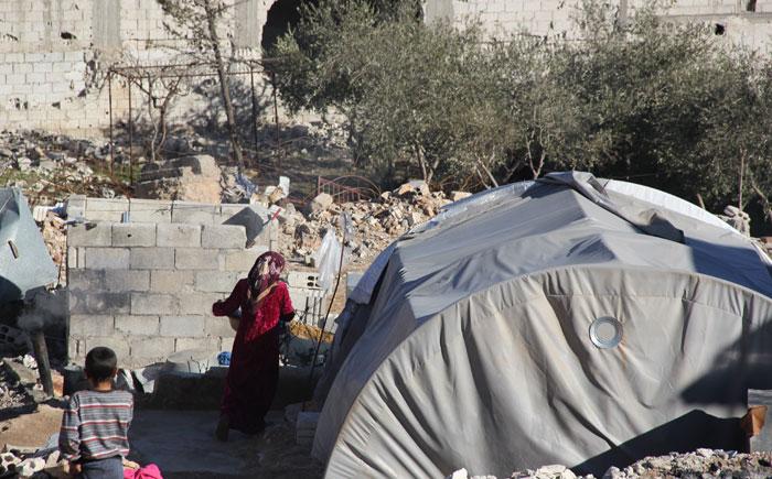 خيمتان-مكان-منزل-عائلة-أبو-مصطفى-- كوباني -
