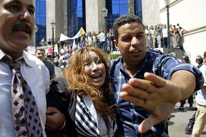 سلالم نقابة الصحافيين - التحرش في مصر