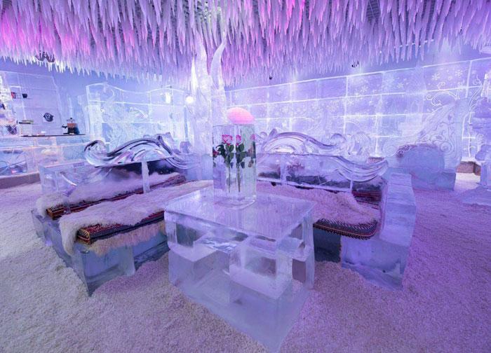 انشطة سياحية في دبي - مقهى من الجليد