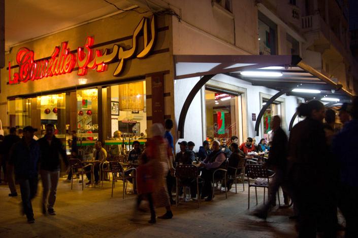 مقاهي المغرب - أبرز مقاهي الرباط - مقهى لاكوميدي