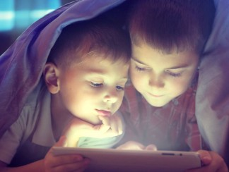 3asafeer تطبيق يقرأ القصص لأطفالكم بالعربية