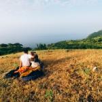زوجان بحرانيان يجوبان العالم وحولا السفر إلى مهنة