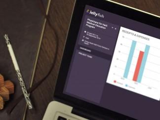 Jelly fish محاسب رقمي بأيادٍ عربية