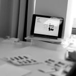 """""""مائة ملصق عربي"""" أول منظمة إبداعية تهتم بالملصقات في العالم العربي"""