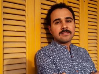 أحمد ناجي ينال جائزة القلم لحرية الكتابة. هل يساهم ذلك في الضغط للإفراج عنه؟