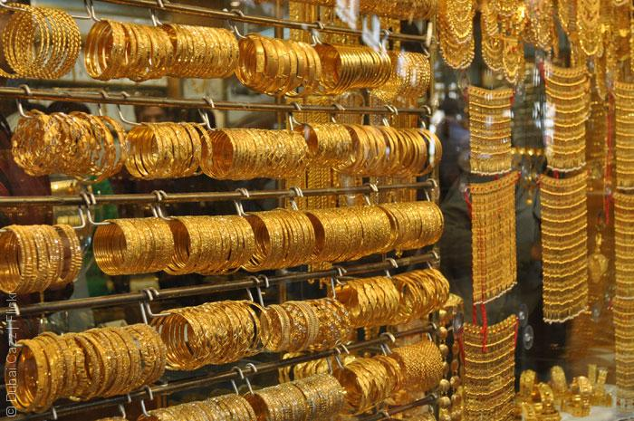 Gold-Souk,-Dubai_Cazz_Flickr