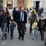 ماذا حصل مع اللاجئين الـ12 الذين أنقذهم البابا؟
