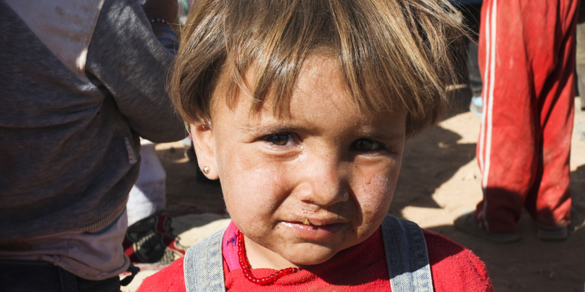 """""""صور الذّل"""" بعدسة جمعيات إغاثية في سوريا"""