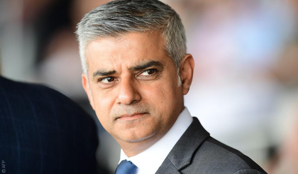 العلمانية التي أوصلت صادق خان إلى عمدة لندن قتلت زكي في باكستان
