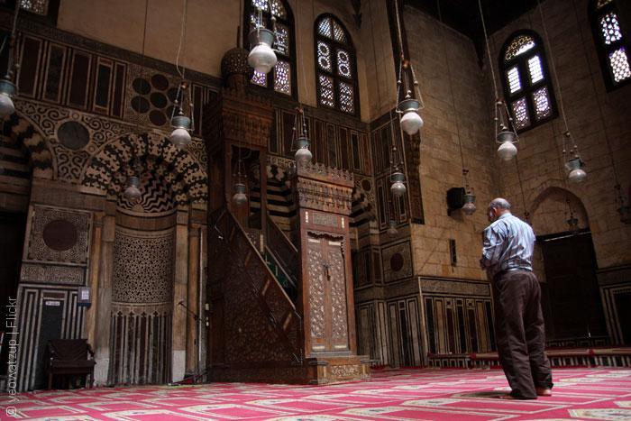 الغورية تحرق قلوب المصريين والدولة الفاطمية - مسجد 3