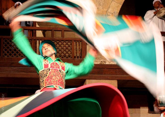 الغورية تحرق قلوب المصريين والدولة الفاطمية - ألوان 1